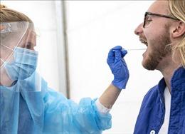Bệnh nhân mắc COVID-19 ở Thụy Điển và Pháp nhập viện tăng cao chưa từng thấy