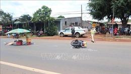 Bị mất lái khi cố vượt container, nam thanh niên đi xe máy bị tử vong tại chỗ