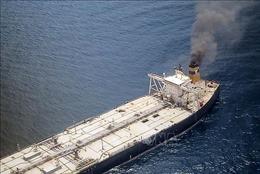 Cháy tàu chở 270.000 tấn dầu thô, nhiều nước ứng cứu