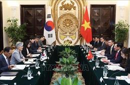 Phó Thủ tướng Phạm Bình Minh: Việt Nam luôn coi trọng quan hệ với Hàn Quốc