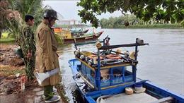 Bộ đội Biên phòng tỉnh Quảng Nam hỗ trợ người dân ứng phó với bão số 5