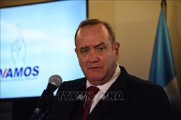 Tổng thống Guatemala bị nhiễm virus SARS-CoV-2