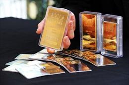 Giá vàng châu Á hướng tới tháng giảm mạnh nhất trong gần 4 năm