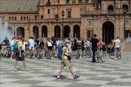 Nguồn thu chủ chốt của Tây Ban Nha từ khách du lịch quốc tế 'sụp đổ'
