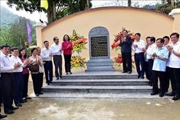 Đoàn công tác Ban Dân vận Trung ương tổ chức hoạt động truyền thống tại Tuyên Quang