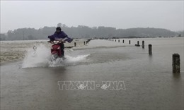 Nhiều tuyến đường ở Hương Khê sạt lở, 5 xã bị chia cắt