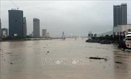Trung Bộ ngập chìm trong mưa lũ