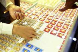 Giá vàng trong nước lùi về mốc 56 triệu đồng/lượng