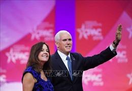 Phó Tổng thống Mỹ Mike Pence đã bỏ phiếu sớm tại bang Indiana
