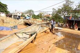 Khen thưởng đột xuất những ngư dân vượt lũ cứu người gặp nạn