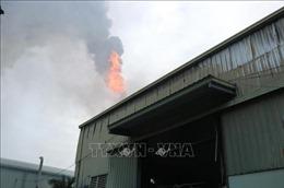 Cháy lớn tại Cụm Công nghiệp Khắc Niệm, ba công nhân bị thương