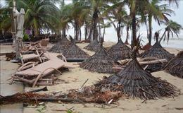 Bão số 13 giật cấp 12 ngay trên bờ biển các tỉnh Hà Tĩnh, Quảng Bình, Quảng Trị