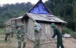 Bộ đội Biên phòng sát cánh cùng nhân dân phòng chống bão số 13