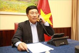 Phó Thủ tướng, Bộ trưởng Ngoại giao Phạm Bình Minh điện đàm với Bộ trưởng Ngoại giao Cộng hòa Angola