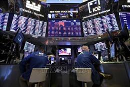 Chỉ số Dow Jones vượt mốc 30.000 điểm lần đầu tiên trong lịch sử