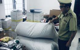 Thu giữ hơn 830 kg nguyên liệu trà sữa không rõ nguồn gốc