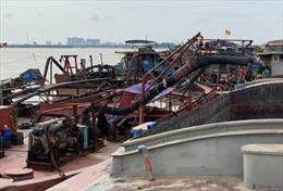 Kiểm soát, xử lý nghiêm các đối tượng khai thác cát trái phép trên sông Hồng