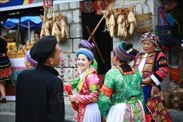 Cùng đồng bào các dân tộc tổ chức 'Đón Xuân vùng cao'