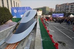 Trung Quốc 'trình làng' tàu hỏa siêu tốc sử dụng công nghệ HTS