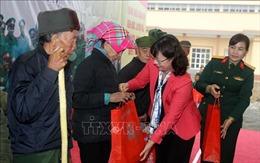 'Xuân biên cương vui Tết quân dân' ở Lào Cai
