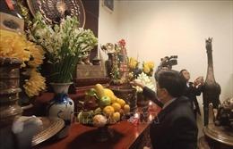 Đảng bộ tại Campuchia dâng hương tưởng niệm Chủ tịch Hồ Chí Minh