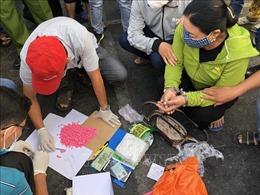Bắt quả tang vụ vận chuyển khoảng 1kg ma túy đá và 1.000 viên thuốc lắc