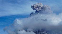 Hàng trăm nghìn người dân Ecuador bị ảnh hưởng bởi lũ lụt và tro bụi núi lửa