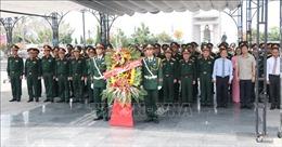 Nhiều hoạt động kỷ niệm 50 năm chiến thắng Đường 9 - Nam Lào