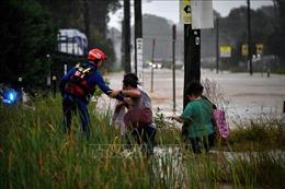 Australia hỗ trợ tài chính khẩn cấp cho người dân bị lũ lụt