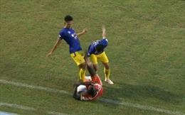 Thêm 3 cầu thủ nhận án phạt của VFF do phạm lỗi nghiêm trọng trên sân cỏ