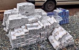 Bình Phước: Bắt giữ, cách ly y tế đối tượng vận chuyển thuốc lá nhập lậu từ Campucchia