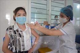 Nhiều địa phương triển khai tiêm vaccine phòng COVID-19