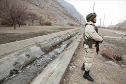 Kyrgyzstan cáo buộc Tajikistan nã súng vào nhà dân, vi phạm lệnh ngừng bắn