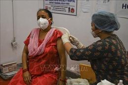 Ấn Độ mở rộng chương trình tiêm chủng với tất cả người trưởng thành