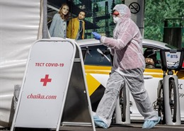 Nga xét nghiệm bắt buộc 2 lần với công dân hồi hương