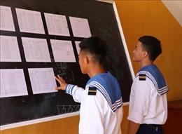 Chiến sĩ trẻ Trường Sa tự hào lần đầu đi bỏ phiếu