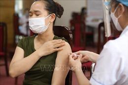 Hà Nội: Triển khai tiêm vaccine tại các Trung tâm y tế quận, huyện, thị xã