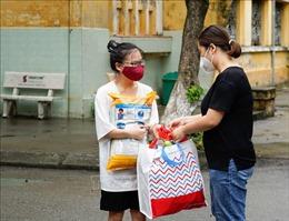 Nhiều hình thức hỗ trợ sinh viên tại Hà Nội gặp khó khăn do dịch bệnh