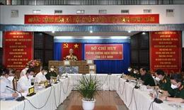 Kiểm tra chống dịch COVID-1 tại Tây Ninh, trao tặng 3.000 túi thuốc