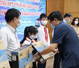 Hà Nội: Phát động chương trình 'Sóng và máy tính cho em', tiếp nhận ủng hộ phòng, chống dịch