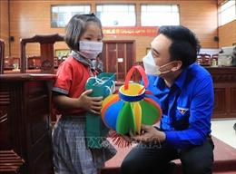 Ấm áp Tết Trung thu cho trẻ em có hoàn cảnh khó khăn