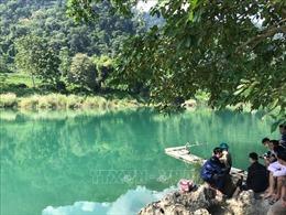 4 trẻ vị thành niên mất tích do bị lật thuyền trên sông Gâm