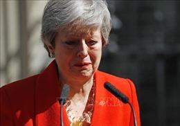 Thủ tướng May từ chức, nước Anh và Brexit sẽ đi về đâu?