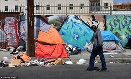 Sốc trước cảnh trung tâm Los Angeles đầy rác và chuột
