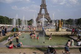 Không có điều hòa, dân châu Âu bị thiêu đốt trong nắng nóng kỷ lục