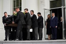 Tổng thống Trump tổ chức tang lễ cho em trai tại Nhà Trắng