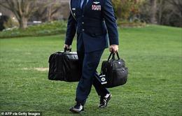 Quân đội Mỹ gặp khó trong bàn giao vali hạt nhân cho ông Joe Biden