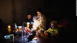 Hình ảnh cuộc sống khốn khổ của người dân Texas trong mất điện, bão tuyết