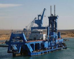 Chiếc máy nạo vét 'anh hùng' giải cứu siêu tàu trên kênh đào Suez
