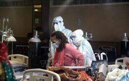 Diễn biến COVID-19 tới 6h sáng 30/4: Ca mắc mới ở Ấn Độ cao chưa từng thấy; Mỹ khuyên công dân rời ngay Ấn Độ